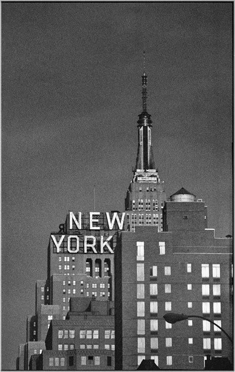 NEW-YORK-1990 copy – Black and White Street Photographs of