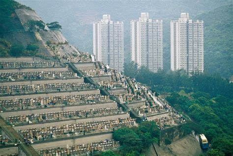 The crowded cemeteries of Hong Kong – in pictures | Cities