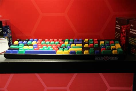 Rosewill Unveils Color Keycaps for Cherry MX-based